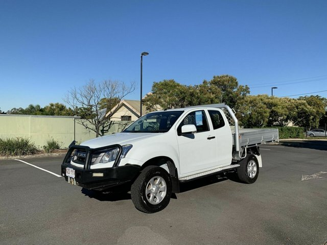 Used Isuzu D-MAX  SX, 2015 Isuzu D-MAX SX White 5 Speed Manual Extracab