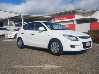 2011 Hyundai i30 FD MY11 SX 1.6 CRDi White 5 Speed Manual Hatchback