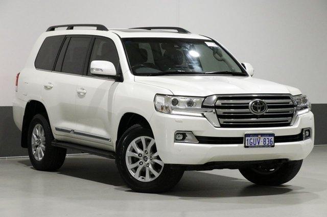 Used Toyota Landcruiser VDJ200R MY16 Sahara (4x4), 2016 Toyota Landcruiser VDJ200R MY16 Sahara (4x4) Crystal Pearl 6 Speed Automatic Wagon