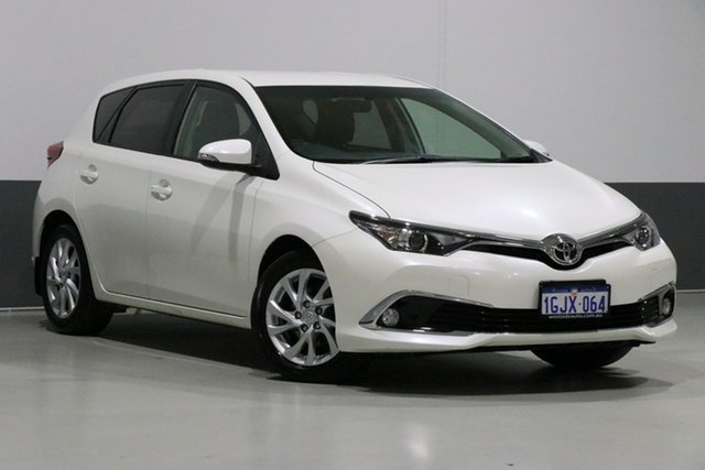 Used Toyota Corolla ZRE182R MY15 Ascent Sport, 2017 Toyota Corolla ZRE182R MY15 Ascent Sport Crystal Pearl 7 Speed CVT Auto Sequential Hatchback