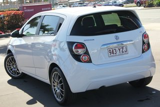 2016 Holden Barina TM MY16 CD White 5 Speed Manual Hatchback