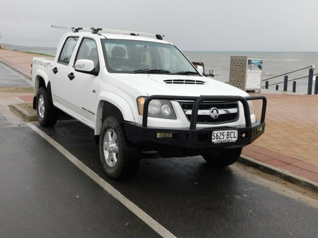 Used Holden Colorado RC MY10.5 LX Crew Cab, 2010 Holden Colorado RC MY10.5 LX Crew Cab White 5 Speed Manual Cab Chassis