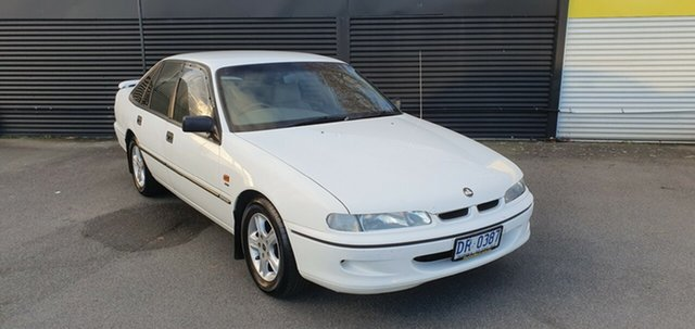 Used Holden Commodore VR Executive, 1994 Holden Commodore VR Executive /cloth 4 Speed Automatic Sedan