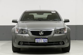 2011 Holden Calais VE II Grey 6 Speed Automatic Sedan.