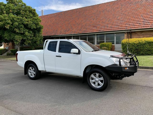 Used Isuzu D-MAX MY14 SX, 2013 Isuzu D-MAX MY14 SX White 5 Speed Manual Spacecab