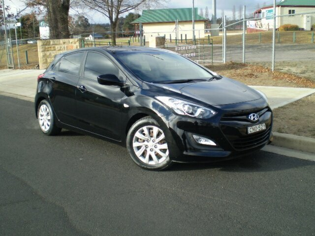 Used Hyundai i30 GD Active, 2013 Hyundai i30 GD Active Black 6 Speed Sports Automatic Hatchback