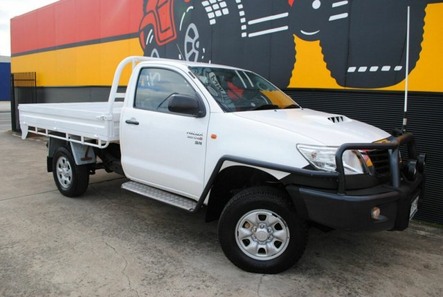 Used Toyota Hilux KUN26R MY12 SR, 2011 Toyota Hilux KUN26R MY12 SR Super White 5 Speed Manual Cab Chassis