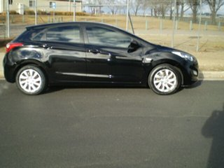 2013 Hyundai i30 GD Active Black 6 Speed Sports Automatic Hatchback.