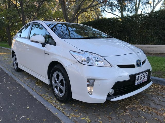 Used Toyota Prius ZVW30R MY12 , 2014 Toyota Prius ZVW30R MY12 Crystal Pearl 1 Speed Constant Variable Liftback Hybrid