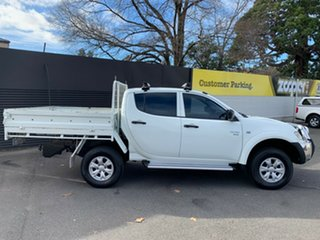 2010 Mitsubishi Triton MN MY10 GL-R Double Cab White 5 Speed Manual Utility
