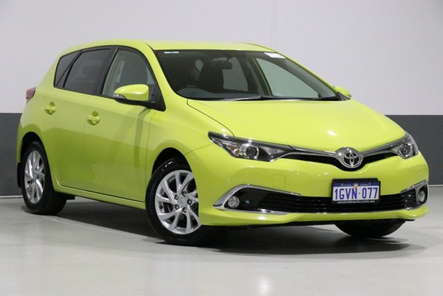 Used Toyota Corolla ZRE182R MY15 Ascent Sport, 2017 Toyota Corolla ZRE182R MY15 Ascent Sport Yellow 7 Speed CVT Auto Sequential Hatchback