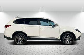 2015 Mitsubishi Outlander ZK MY16 XLS 2WD White 6 Speed Constant Variable Wagon.