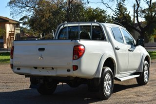 2015 Mitsubishi Triton MN MY15 GLX Double Cab White 4 Speed Sports Automatic Utility.
