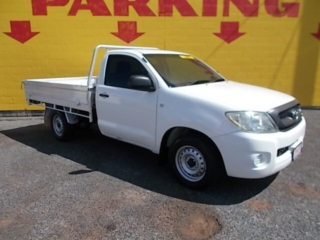Used Toyota Hilux GGN15R MY10 SR 4x2, 2009 Toyota Hilux GGN15R MY10 SR 4x2 White 5 Speed Manual Utility