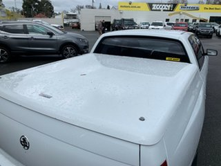 2007 Holden Crewman VZ MY06 Heron White 4 Speed Automatic Utility