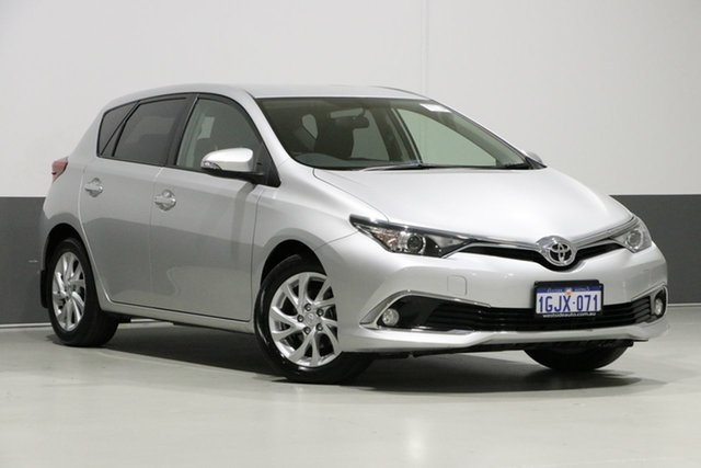 Used Toyota Corolla ZRE182R MY17 Ascent Sport, 2017 Toyota Corolla ZRE182R MY17 Ascent Sport Silver 7 Speed CVT Auto Sequential Hatchback