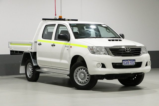 Used Toyota Hilux KUN26R MY14 SR (4x4), 2015 Toyota Hilux KUN26R MY14 SR (4x4) White 5 Speed Automatic Dual Cab Pick-up