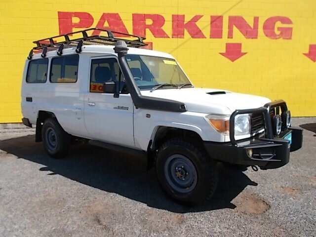 Used Toyota Landcruiser VDJ78R MY10 Workmate Troopcarrier, 2011 Toyota Landcruiser VDJ78R MY10 Workmate Troopcarrier White 5 Speed Manual Wagon
