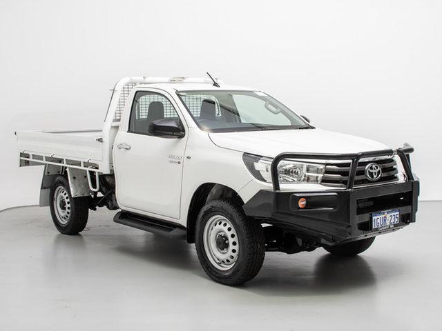 Used Toyota Hilux GUN126R SR (4x4), 2016 Toyota Hilux GUN126R SR (4x4) White 6 Speed Automatic Cab Chassis