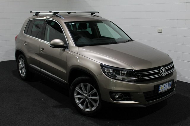 Used Volkswagen Tiguan 5N MY15 132TSI DSG 4MOTION, 2015 Volkswagen Tiguan 5N MY15 132TSI DSG 4MOTION Gold 7 Speed Sports Automatic Dual Clutch Wagon