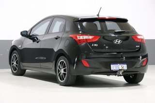 2014 Hyundai i30 GD MY14 Active 1.6 CRDi Black 6 Speed Automatic Hatchback