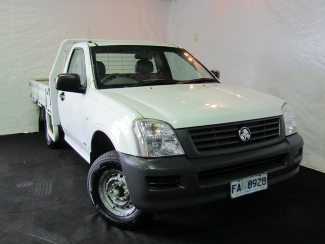 Used Holden Rodeo RA DX Crew Cab 4x2, 2004 Holden Rodeo RA DX Crew Cab 4x2 Alpine White 5 Speed Manual Utility