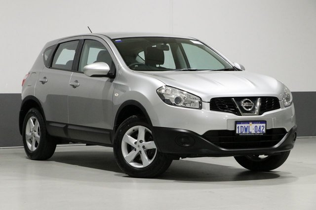 Used Nissan Dualis J10 Series II ST (4x2), 2011 Nissan Dualis J10 Series II ST (4x2) Silver 6 Speed Manual Wagon