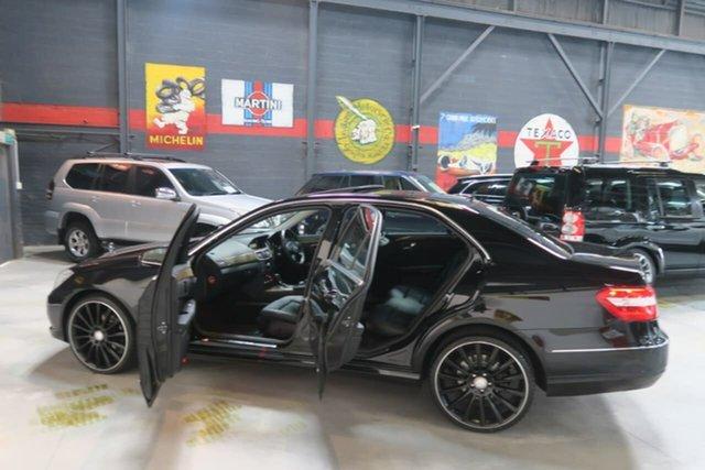 Used Mercedes-Benz E220 W212 BlueEFFICIENCY Elegance, 2010 Mercedes-Benz E220 W212 BlueEFFICIENCY Elegance Black 5 Speed Sports Automatic Sedan
