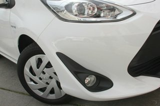 2018 Toyota Prius c NHP10R E-CVT Glacier White 1 Speed Constant Variable Hatchback Hybrid.