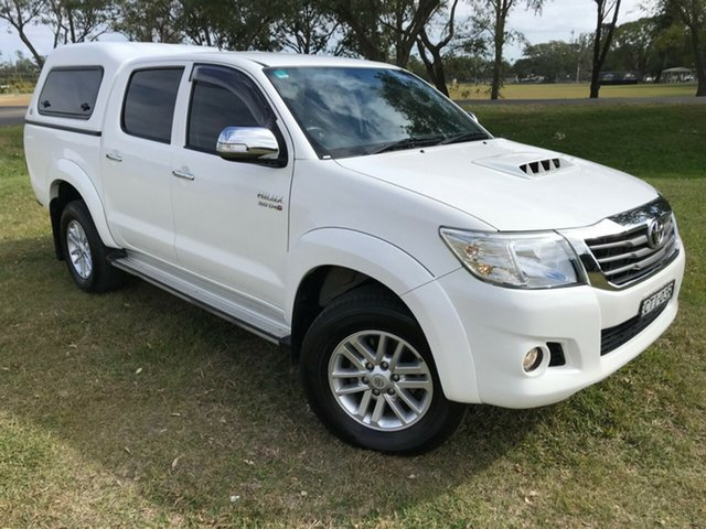 Used Toyota Hilux KUN26R MY14 SR5 (4x4), 2014 Toyota Hilux KUN26R MY14 SR5 (4x4) Glacier White 5 Speed Automatic Dual Cab Pick-up