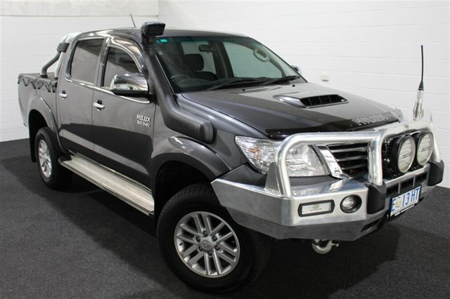 Used Toyota Hilux KUN26R MY14 SR5 Double Cab, 2015 Toyota Hilux KUN26R MY14 SR5 Double Cab Dark Grey 5 Speed Automatic Utility