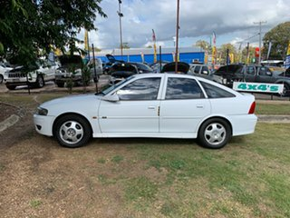 2001 Holden Vectra JSII CD White 4 Speed Automatic Hatchback