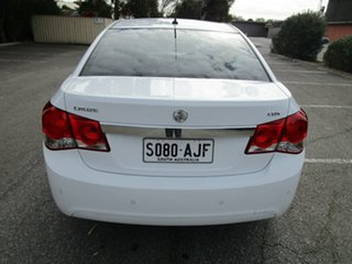 2010 Holden Cruze JG CDX 5 Speed Manual Sedan