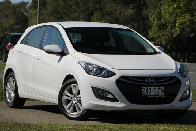 Used Hyundai i30 GD2 MY14 SE, 2014 Hyundai i30 GD2 MY14 SE White 6 Speed Sports Automatic Hatchback
