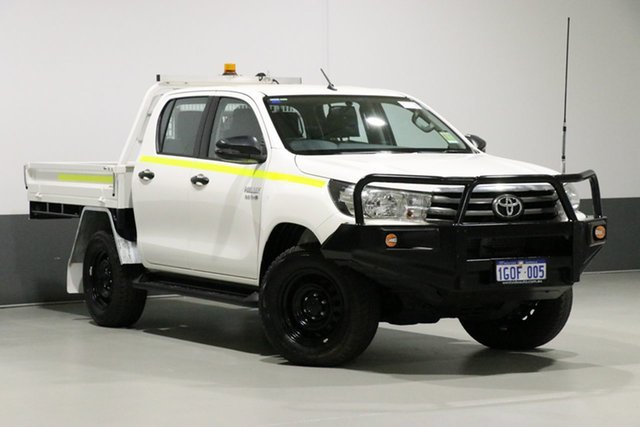 Used Toyota Hilux GUN126R MY17 SR (4x4), 2018 Toyota Hilux GUN126R MY17 SR (4x4) White 6 Speed Automatic Dual Cab Chassis