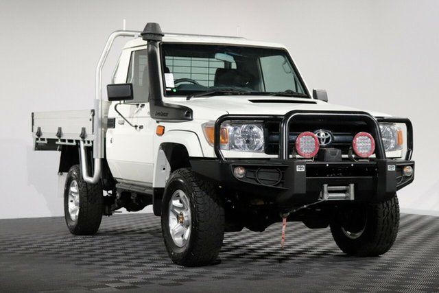 Used Toyota Landcruiser VDJ79R GX, 2015 Toyota Landcruiser VDJ79R GX French Vanilla 5 Speed Manual Cab Chassis