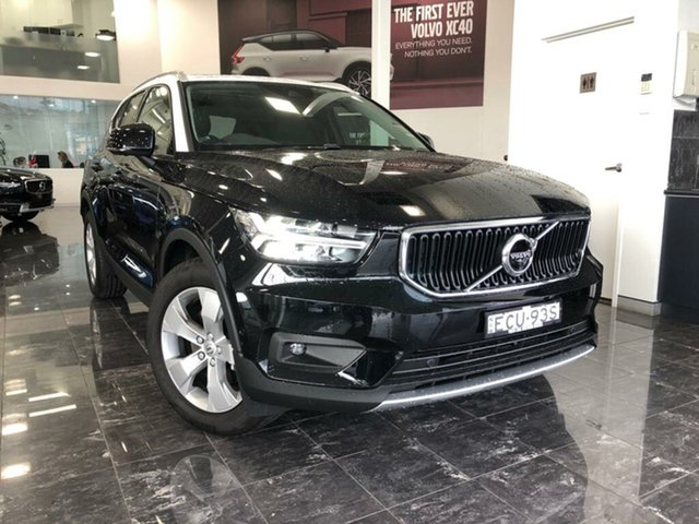 Used Volvo XC40 536 MY19 T4 Momentum (FWD), 2018 Volvo XC40 536 MY19 T4 Momentum (FWD) Onyx Black & White Roof 8 Speed Automatic Wagon