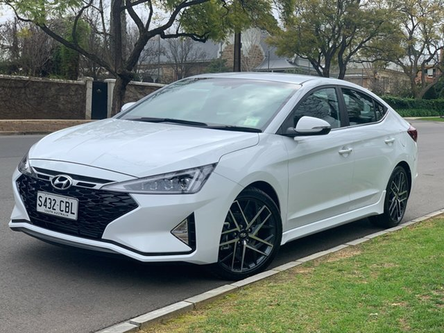 Demo Hyundai Elantra AD.2 MY19 Sport, 2019 Hyundai Elantra AD.2 MY19 Sport Polar White 7 Speed Automatic Sedan