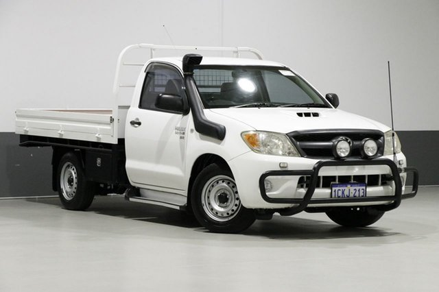 Used Toyota Hilux KUN16R SR, 2006 Toyota Hilux KUN16R SR White 5 Speed Manual Cab Chassis
