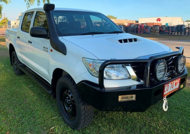 Used Toyota Hilux KUN26R MY14 SR Double Cab, 2015 Toyota Hilux KUN26R MY14 SR Double Cab White 5 Speed Manual Utility