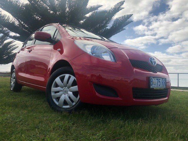 Used Toyota Yaris NCP90R MY10 YR, 2010 Toyota Yaris NCP90R MY10 YR Red 5 Speed Manual Hatchback
