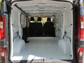 2018 Renault Trafic X82 Trader Life Low Roof SWB Glacier White 6 Speed Manual Van