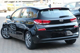 2020 Hyundai i30 PD2 MY20 Active Phantom Black 6 Speed Sports Automatic Hatchback