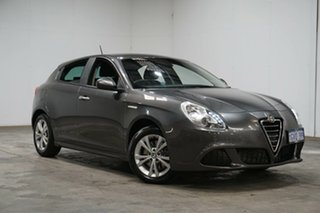 2014 Alfa Romeo Giulietta Series 0 MY13 Distinctive TCT JTD-M Grey 6 Speed.