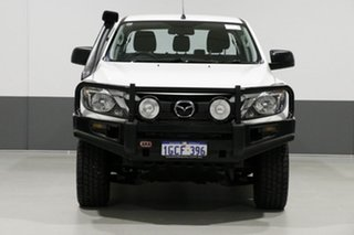 2016 Mazda BT-50 MY16 XT (4x4) White 6 Speed Manual Dual Cab Utility.