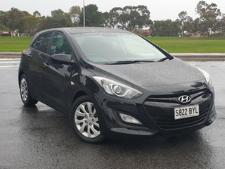 2013 Hyundai i30 GD2 Active Black 6 Speed Sports Automatic Hatchback.
