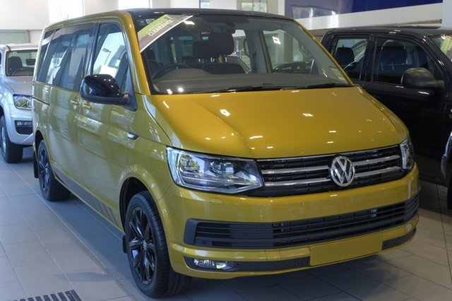 Demo Volkswagen Multivan T6 MY19 TDI340 SWB DSG Black Edition, 2019 Volkswagen Multivan T6 MY19 TDI340 SWB DSG Black Edition Turmeric Yellow & Black Roof 7 Speed