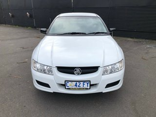 2006 Holden Ute VZ MY06 White 4 Speed Automatic Utility.