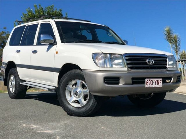 Used Toyota Landcruiser UZJ100R GXL, 2004 Toyota Landcruiser UZJ100R GXL White 5 Speed Automatic Wagon