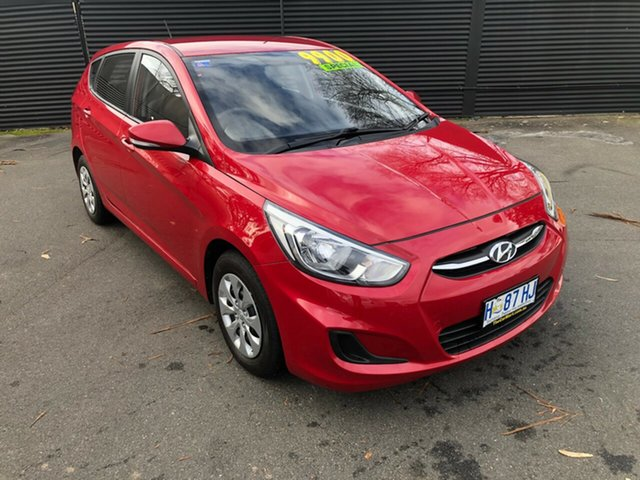 Used Hyundai Accent RB3 MY16 Active, 2015 Hyundai Accent RB3 MY16 Active Veloster Red 6 Speed Constant Variable Hatchback